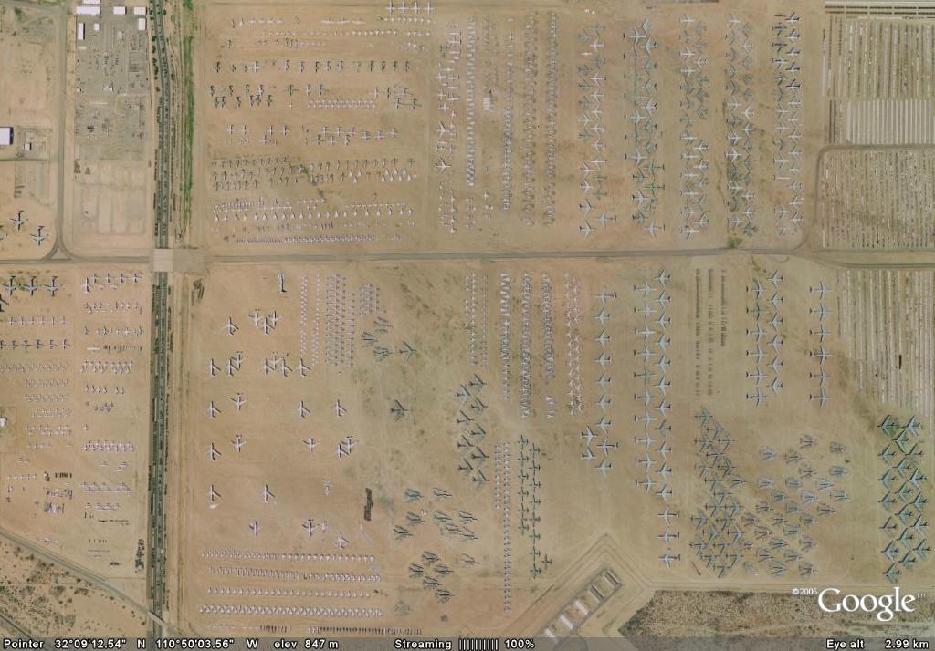 """美国戴维斯—蒙森空军基地的""""飞机坟场"""""""