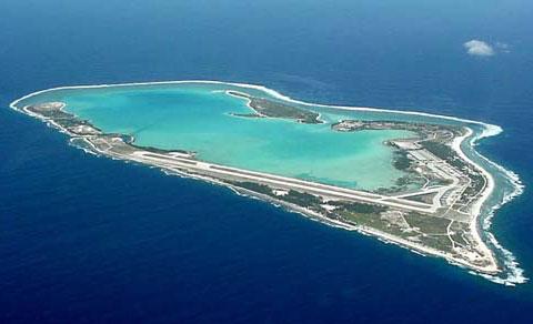 威克岛/据《解放军报》报道,威克岛不过是个面积只有9平方公里的弹丸...