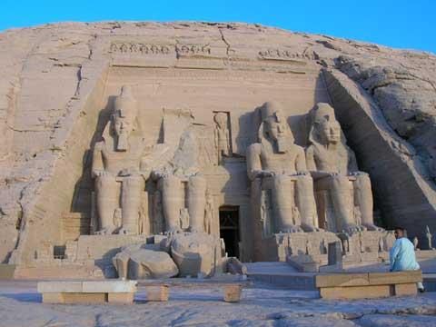 古埃及阿布辛贝神庙
