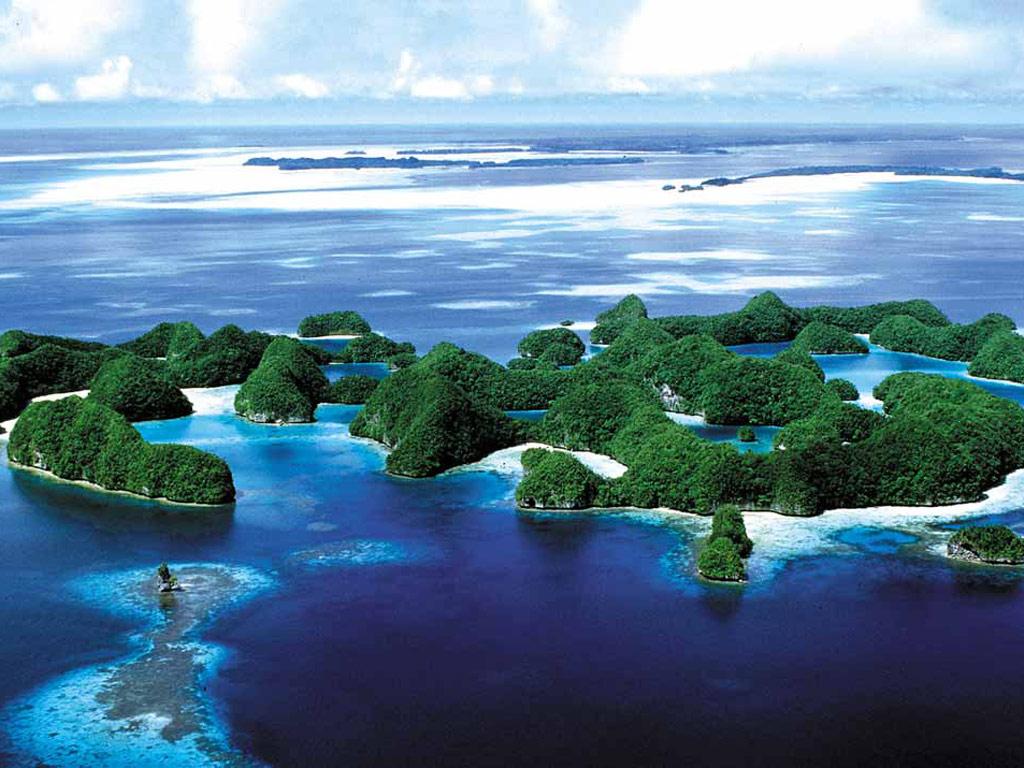 谷歌 浪漫/密克罗尼西亚(Micronesia)是太平洋三大岛群之一。