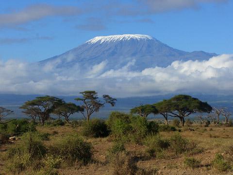 非洲乞力马扎罗山