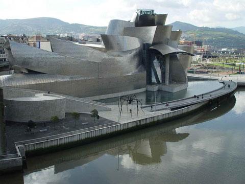 西班牙毕尔巴鄂古根海姆博物馆