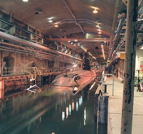 台湾地下潜艇基地