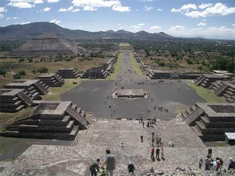 墨西哥死亡金字塔
