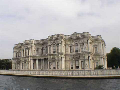 土耳其伊斯坦布尔贝勒伊宫