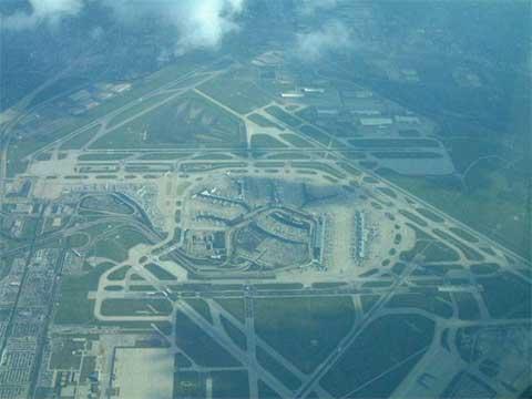 奥黑尔机场停车库