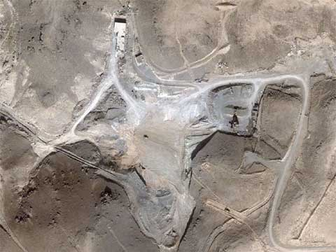 美国安全专家公布了据称为叙利亚核设施的10月24日卫星照片