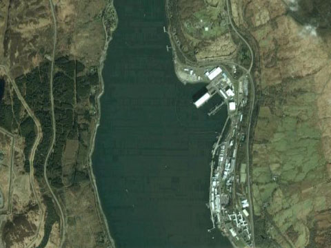 Google Earth惊现英国核潜艇基地