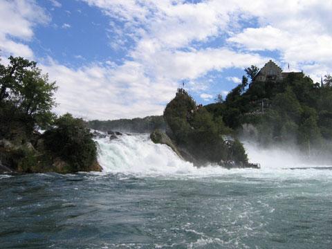 瑞士莱茵河瀑布