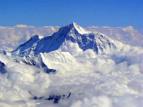 世界最高峰珠穆朗玛峰