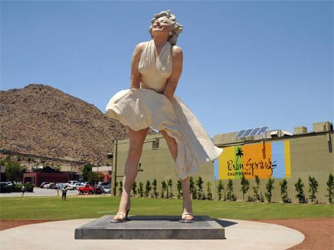 美国玛丽莲梦露巨型雕像