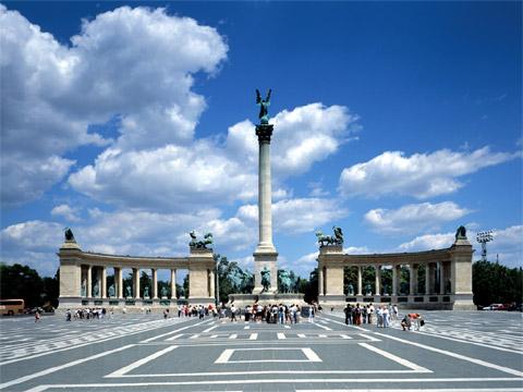 匈牙利布达佩斯英雄广场