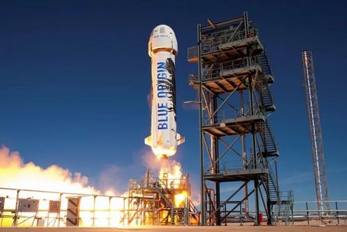 亚马逊CEO贝索斯将去太空旅游